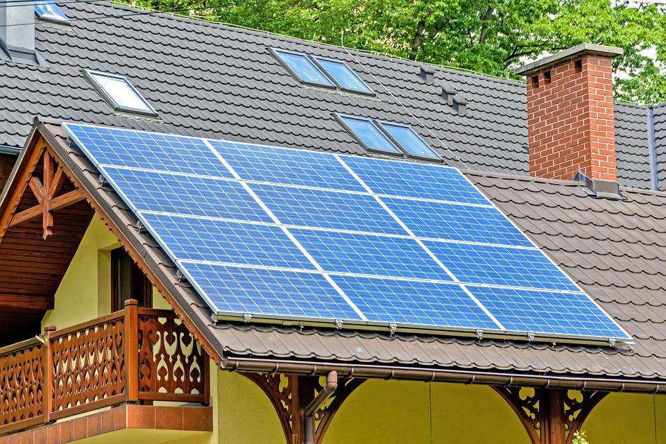 Despre sisteme solare fotovoltaice rezidentiale - de ce sunt atat de populare?