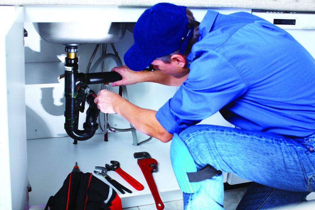 Cand poti avea nevoie de serviciile unui instalator?