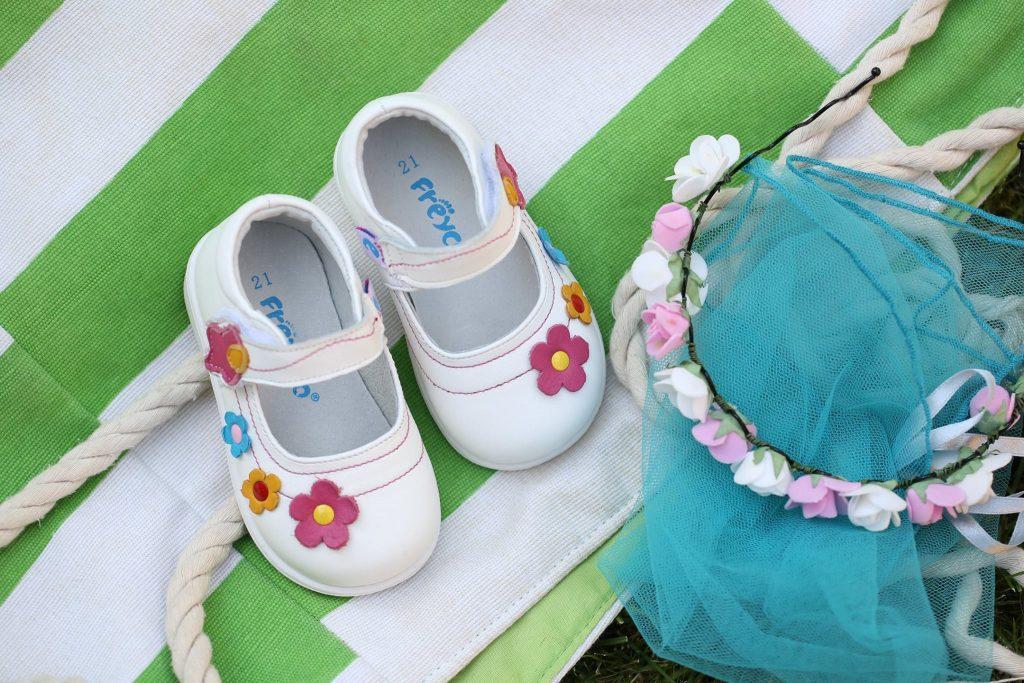 Cum se aleg sandalele pentru copii