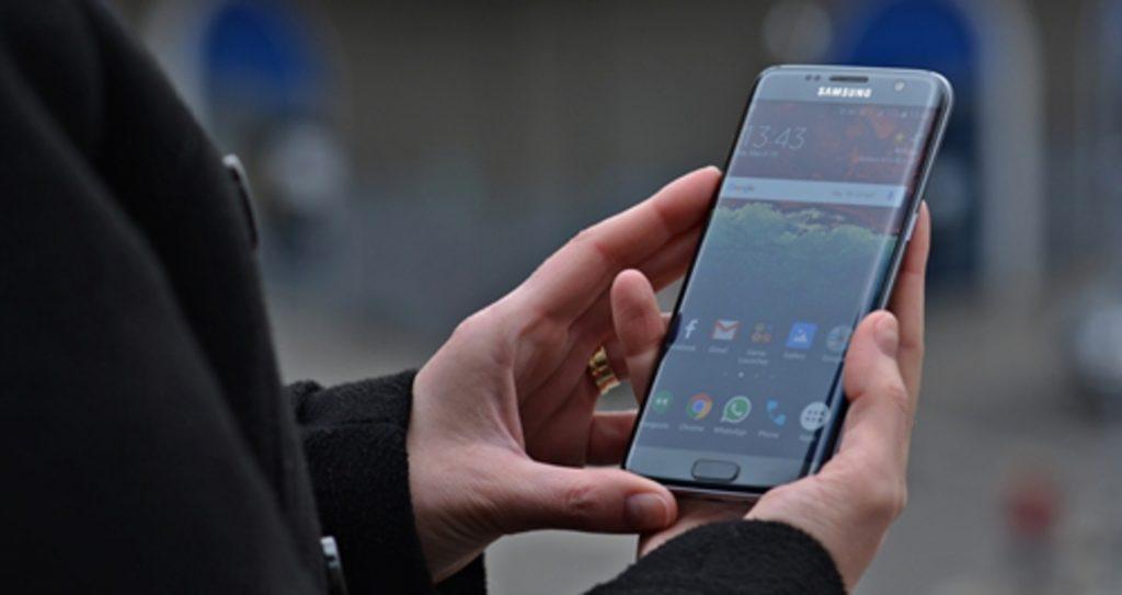 Ce ramane de facut cand nu mai functioneaza touchscreenul telefonului?